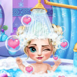 Play Game Ice Queen Baby Bath